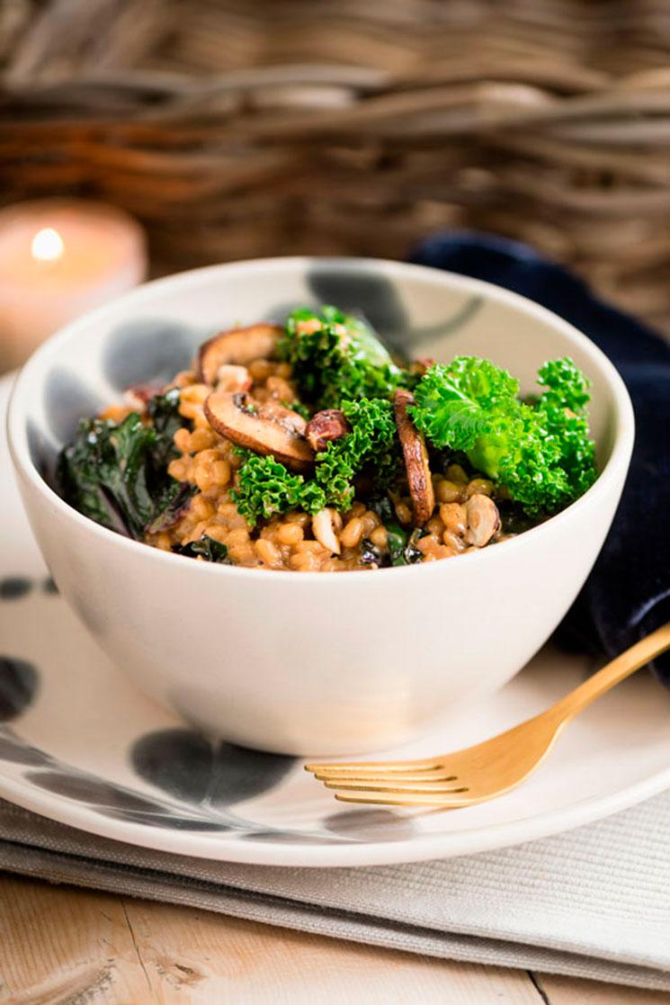 Risotto de cebada con kale y champiñones