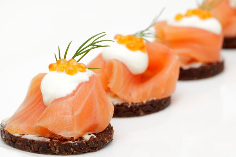 salmon-canapes