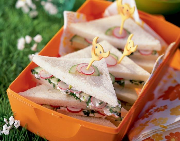 sandwiches-ensaladilla