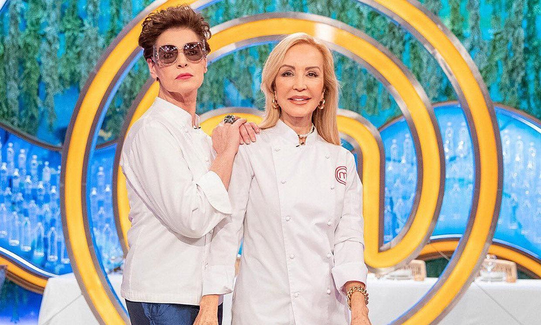 Canciones, pullas y un dúo cómico en la vuelta de Carmen Lomana y Antonia Dell'Atte a 'MasterChef'