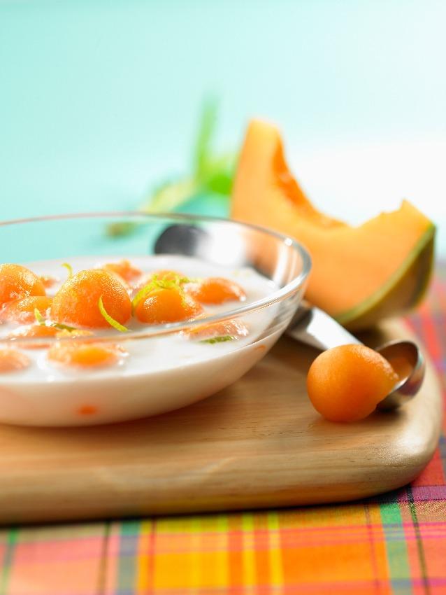 sopa-melon-leche-coco