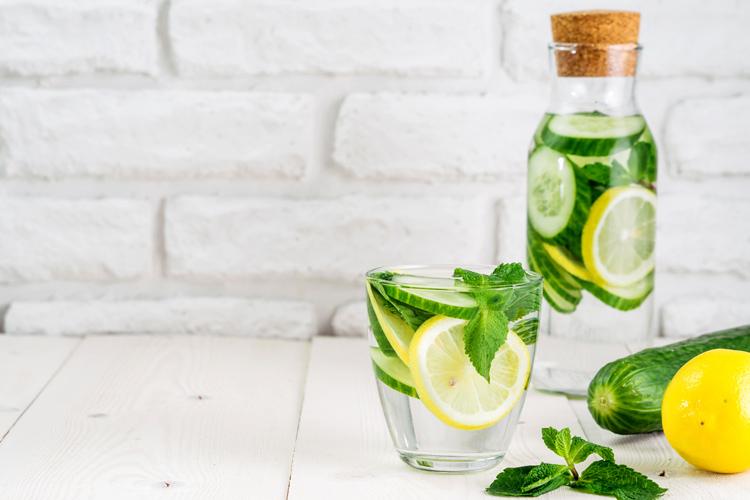 agua-limon-pepino