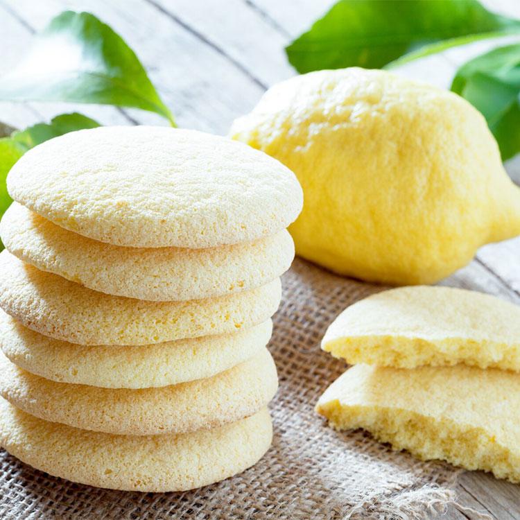 Galletas esponjosas de limón