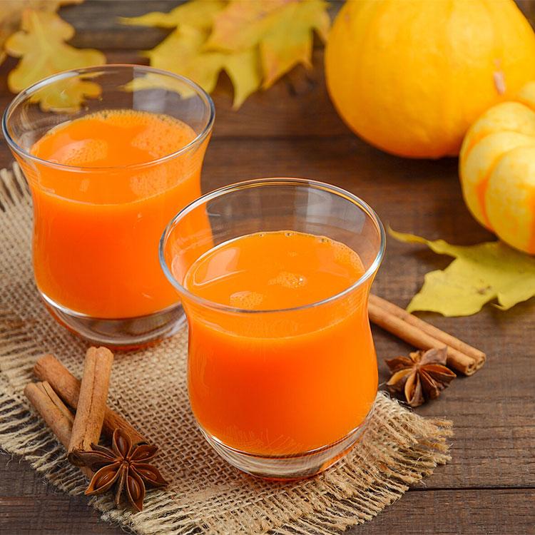 Zumo de calabaza y jengibre con naranja