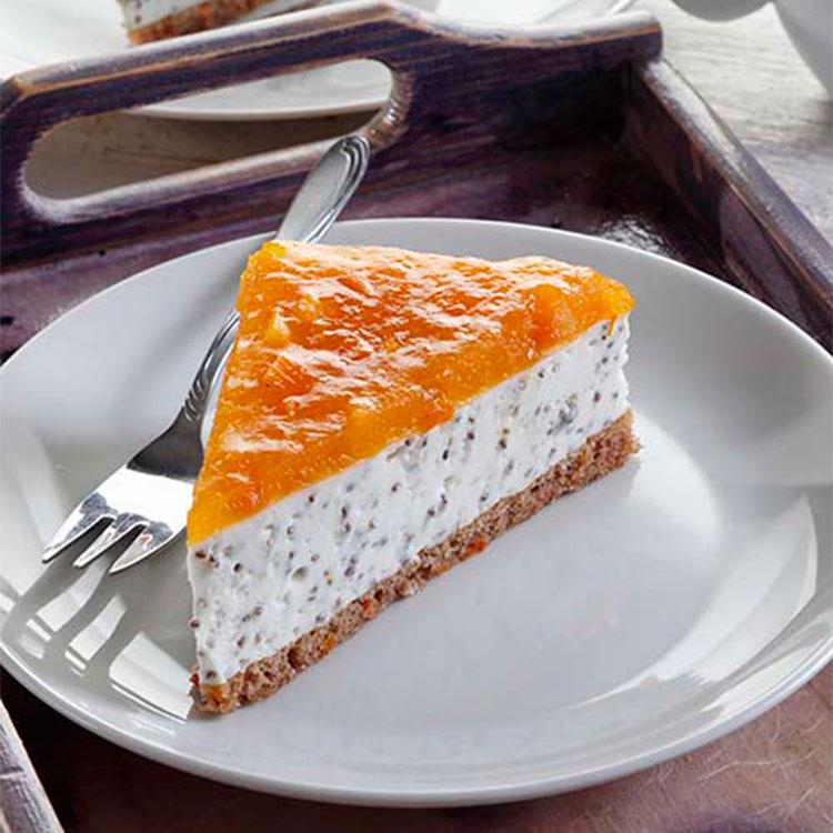 Tarta de queso, naranja y semillas de amapola