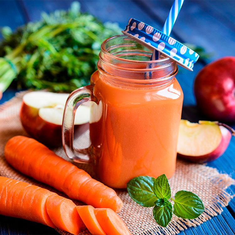 Smoothie de zanahoria y manzana