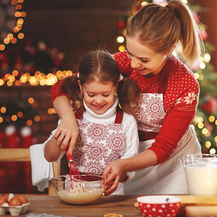 Si te toca hacer el postre, sorprende a los tuyos con una deliciosa tarta de manzana navideña