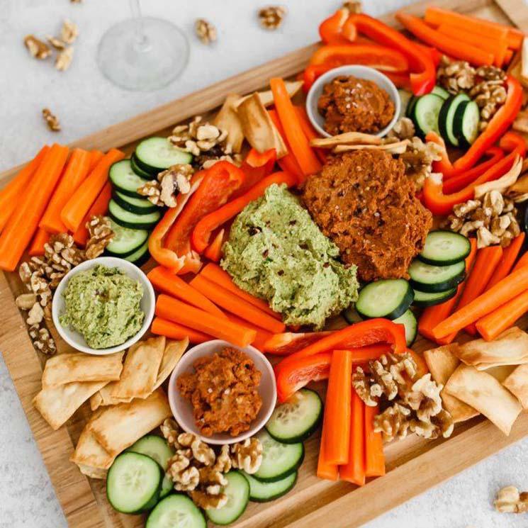 tabla-hummus-crudites-nueces