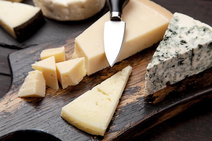 queso1-cuchillo