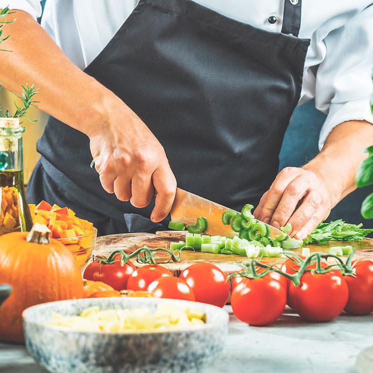 De las verduras ¡no tires nada! aprovecha tallos, hojas y recortes