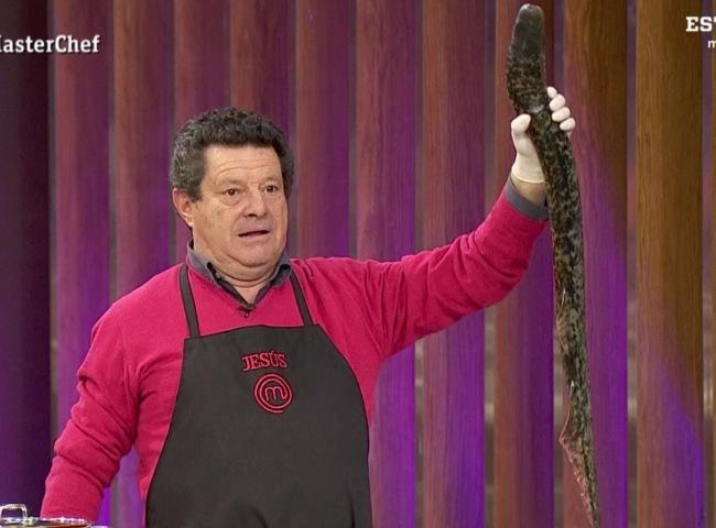 Jesús cogiendo la lamprea