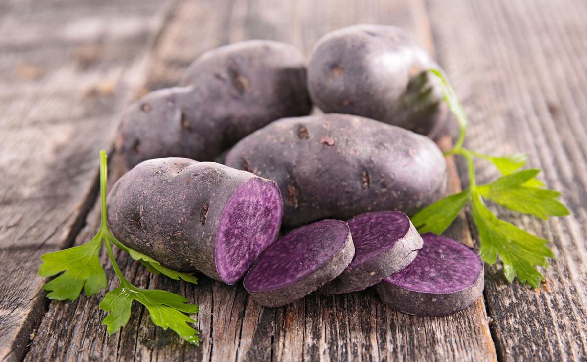 Cocina con patata morada, la reina de los antioxidantes