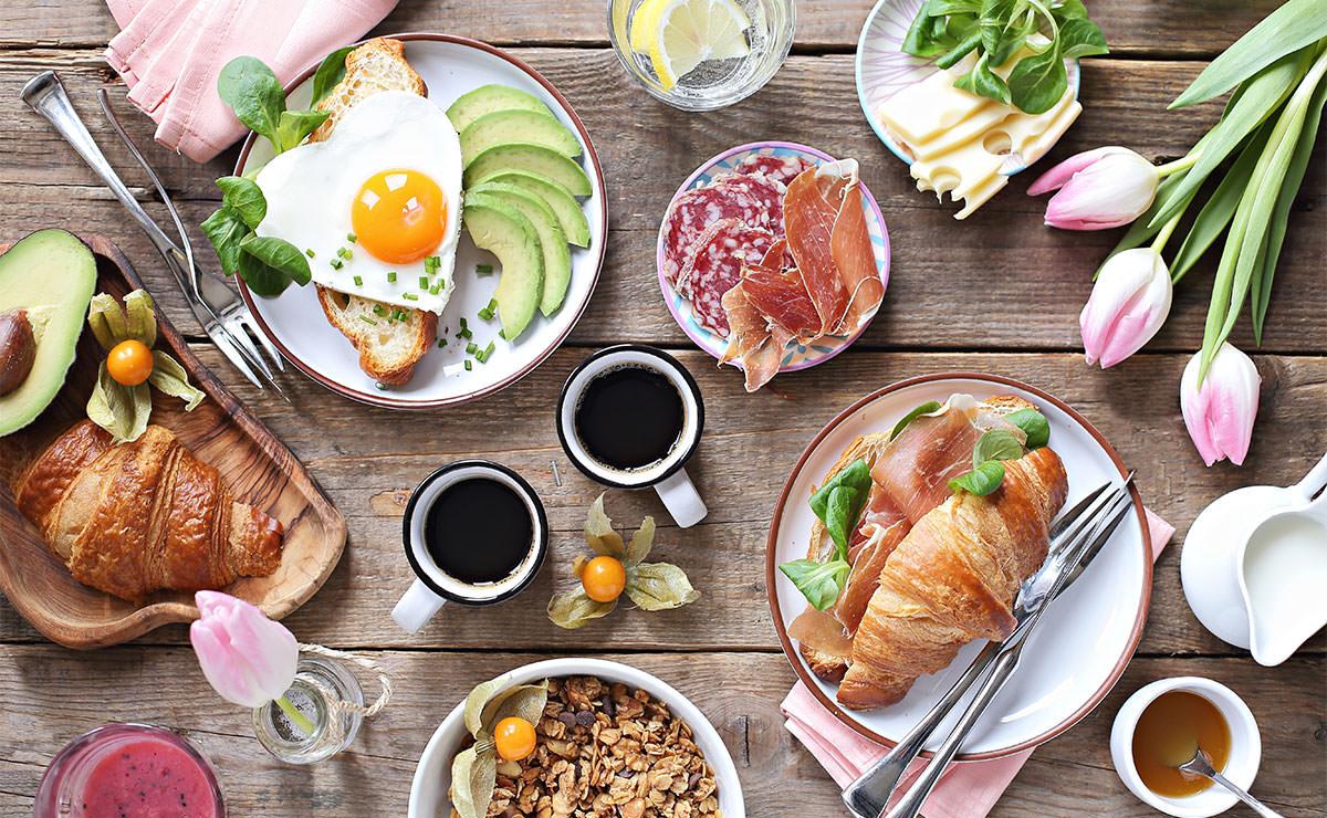 Cocina para mamá: 15 recetas para sorprenderla desde el desayuno hasta la cena