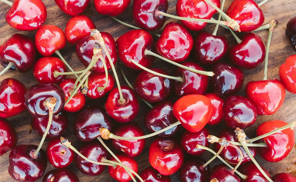 'Amigas' de la línea, diuréticas, antioxidantes… diez razones para incluir las cerezas en tu dieta
