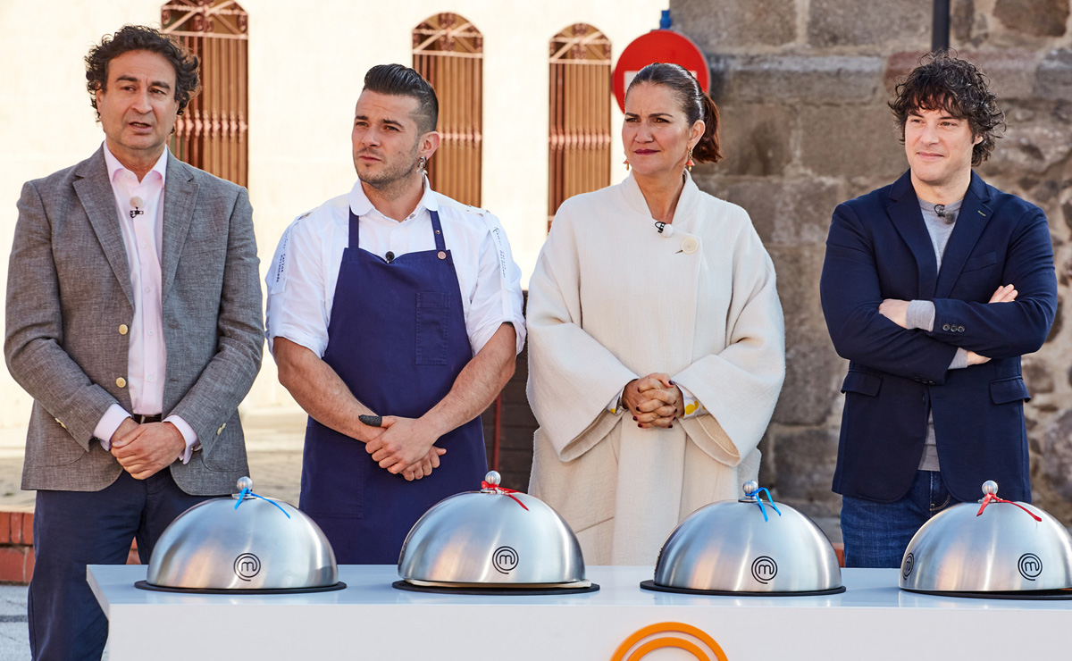Carlos Maldonado recibe en su restaurante a los concursantes de MasterChef
