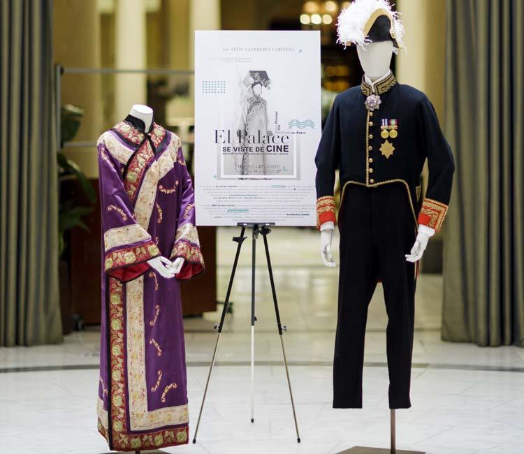 Trajes de la exposición El Palace se viste de cine