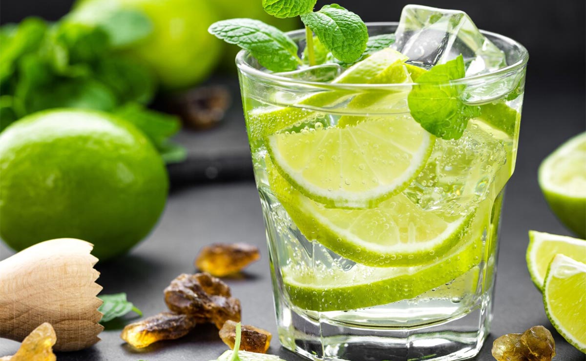 Refrescantes e hidratantes, así son estas 7 limonadas caseras