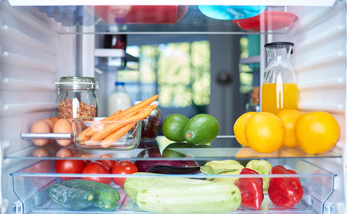 'Tips' prácticos para ordenar tu despensa y tu nevera en verano