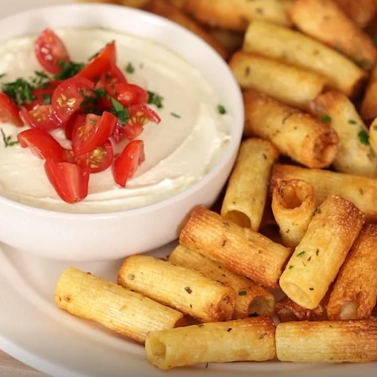 'Pasta chips': la receta viral que triunfa en redes (¡y no nos extraña!)
