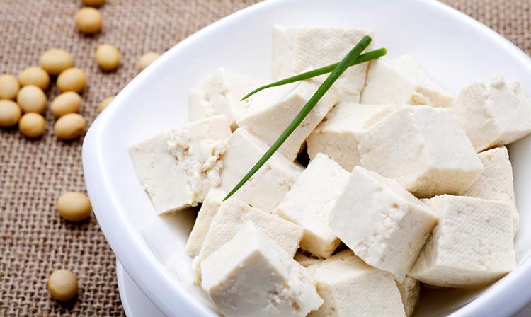 Recetas 39 veggie 39 aprende a preparar un tofu casero - Como se cocina el tofu ...