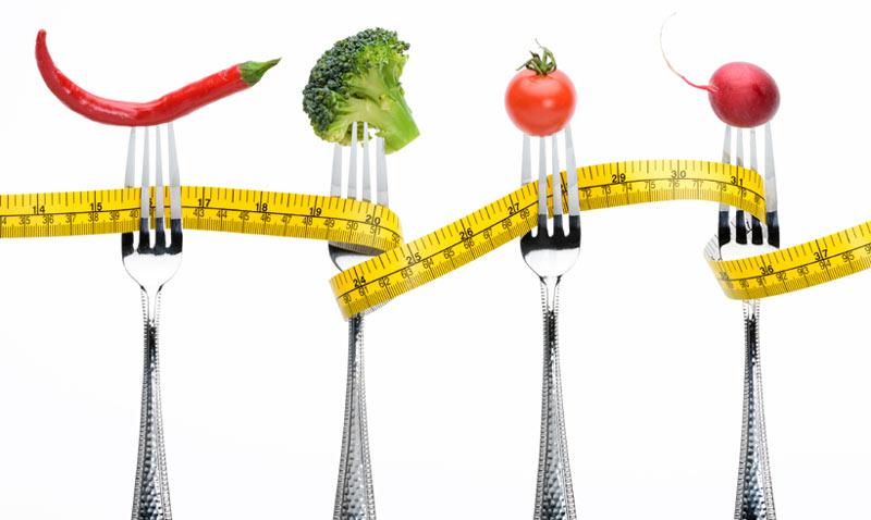 ¿Estás a dieta y no bajas peso? Esto es lo que estás haciendo mal