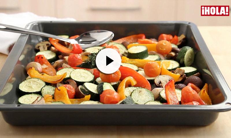 Recetas en vídeo: Verduras marinadas al horno, más sano y sencillo… ¡imposible!