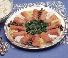 """Rollitos de salmón rellenos de """"mousse"""" de salmón"""