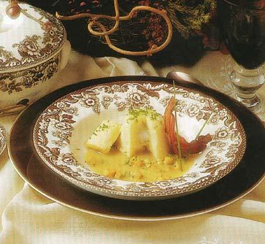 Sopita de hígado de pato, patata chafada y rellena de huevo 'poché' al oporto blanco