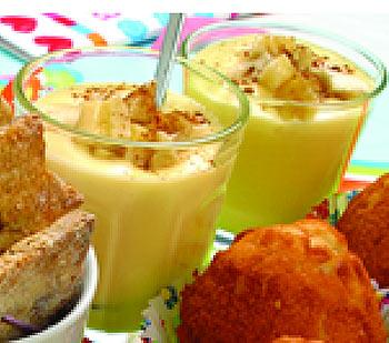 Natillas de pera, plátano y copos de maíz