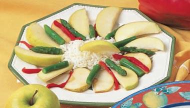 Ensalada de arroz y manzanas al curry