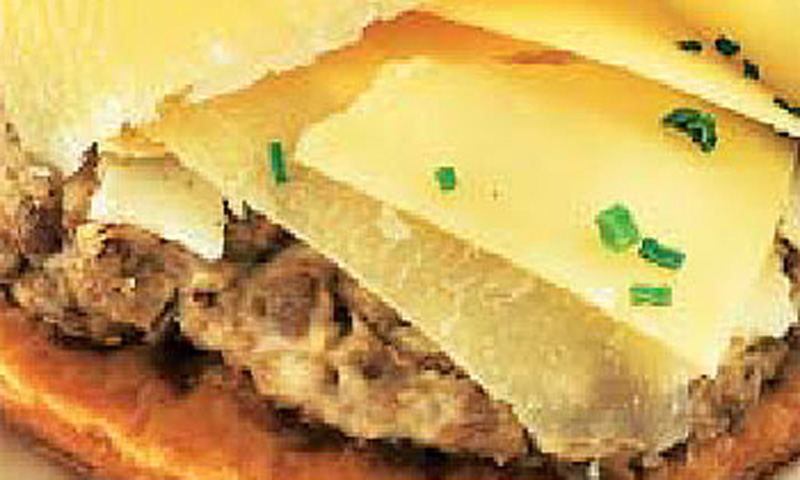 Tarta de setas y queso parmesano