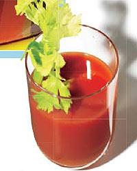 Zumo de tomate zanahoria y apio foto 2 for Coctel con zumo de tomate