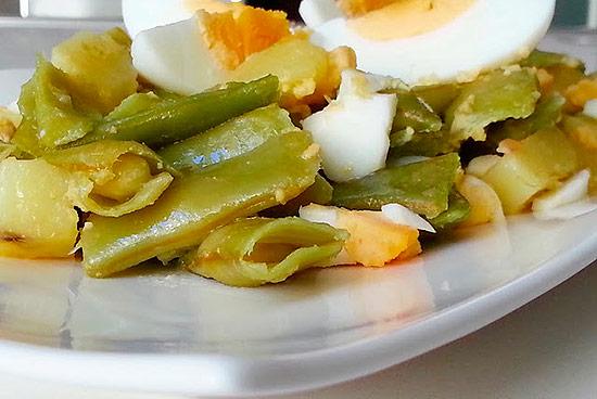 Genial cocinar judias verdes con patatas fotos receta de for Cocinar judias verdes