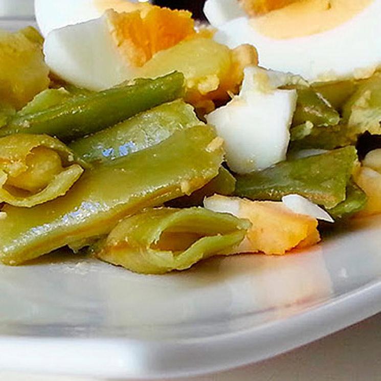 Judías verdes con patata y huevo