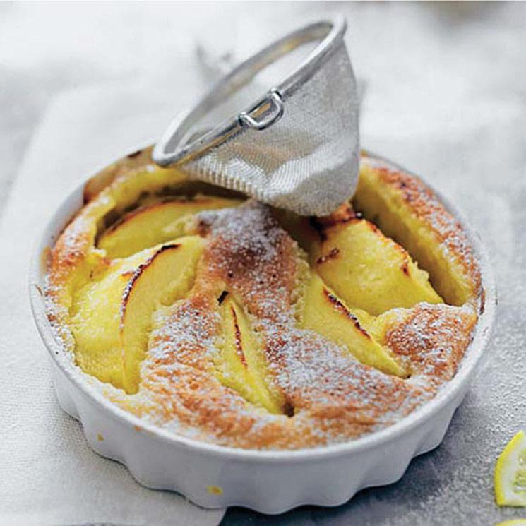 'Clafoutis' de manzana y limón