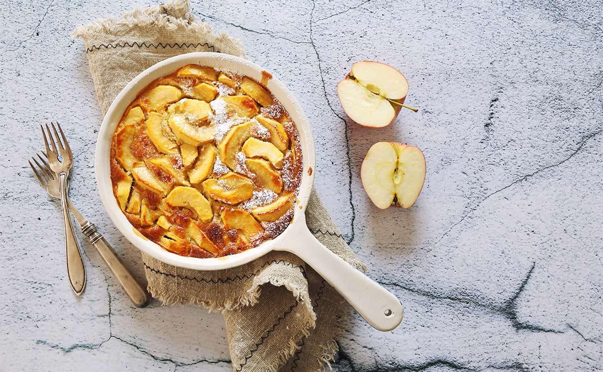 'Clafoutis' de manzana al limón