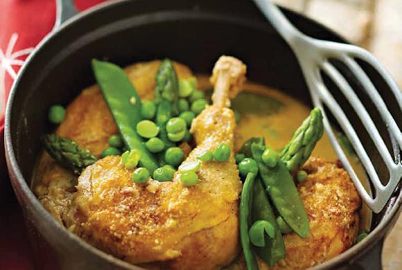 Pollo guisado con verduras y queso manchego