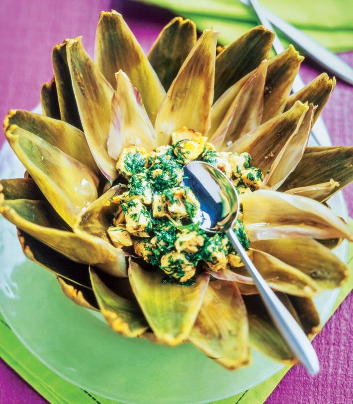 Flor de alcachofa con pollo