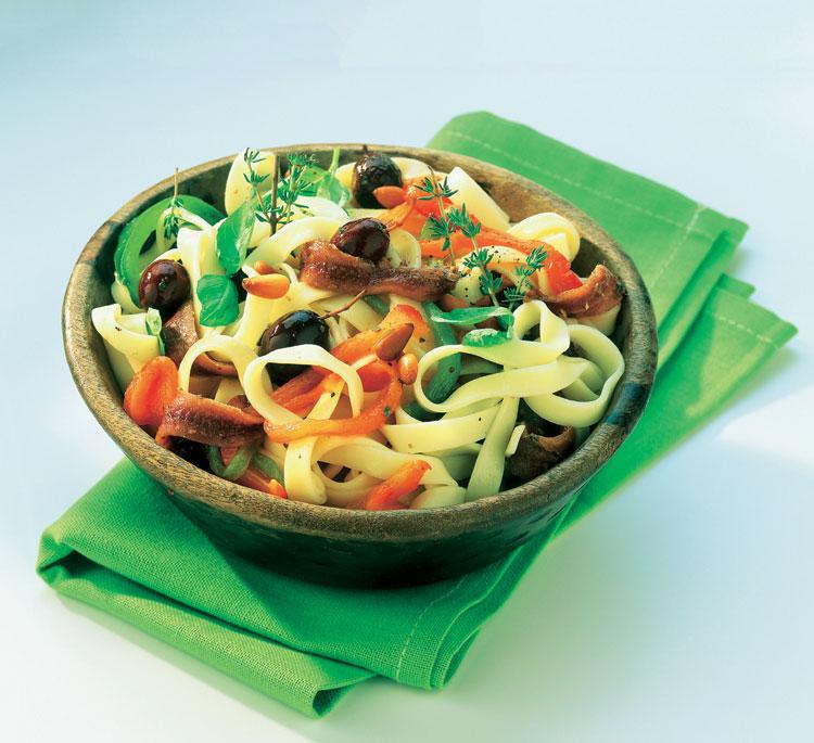 'Fettuccine' con anchoas