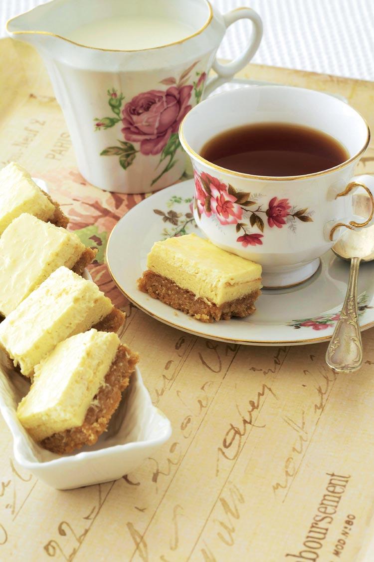 Bizcochitos de coco, queso y miel