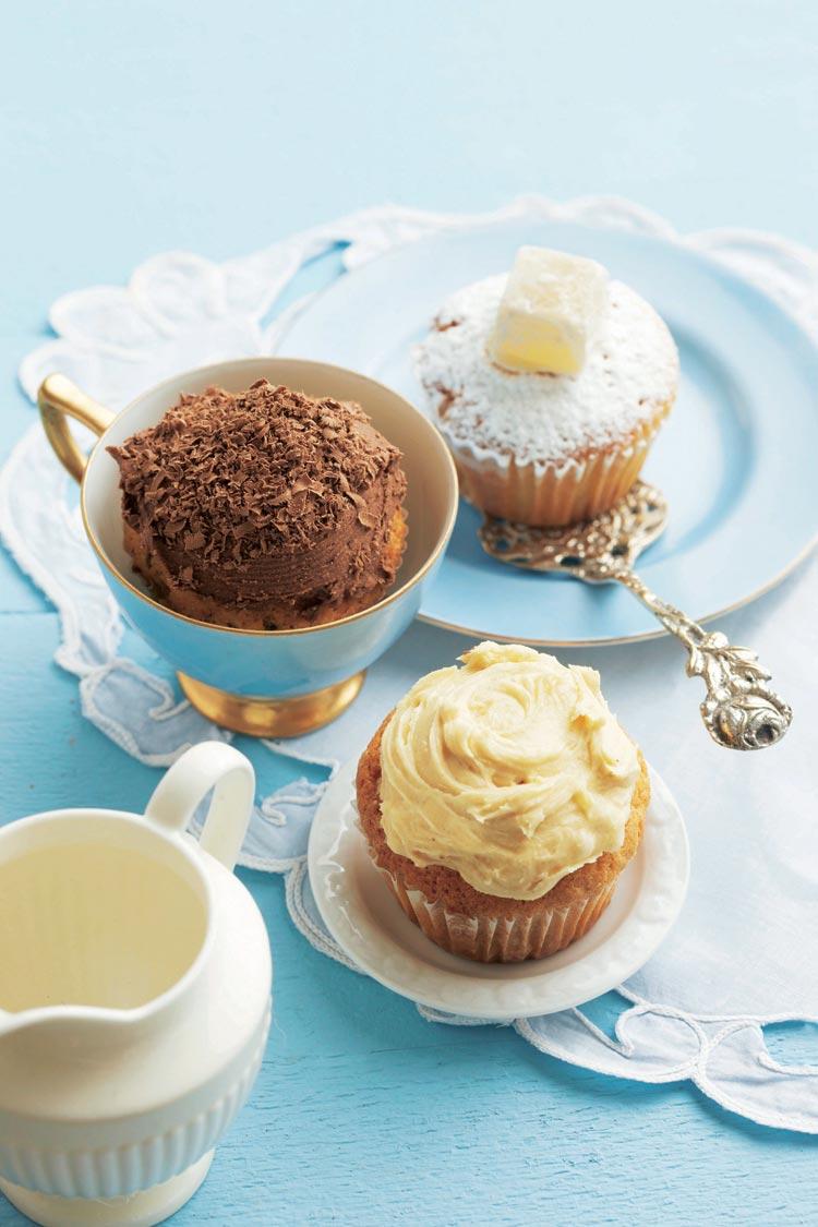 Magdalenas con chocolate y crema de mantequilla