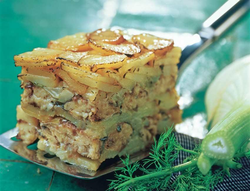 Pastel de patatas y sardinas al hinojo