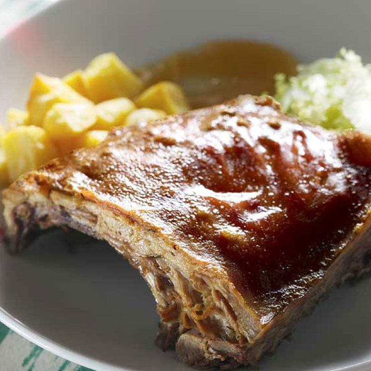 Lechona ('porcella') mallorquina asada al horno