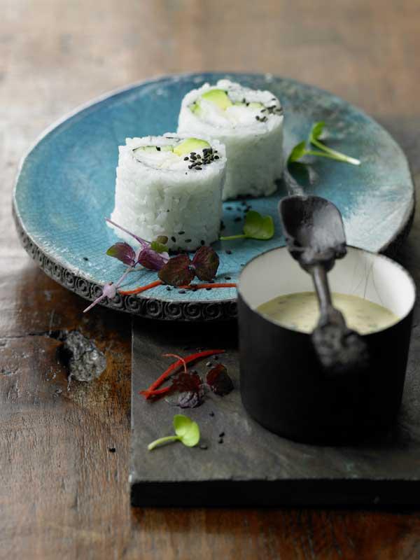 'Sushi' de bacalao con sálsa tártara