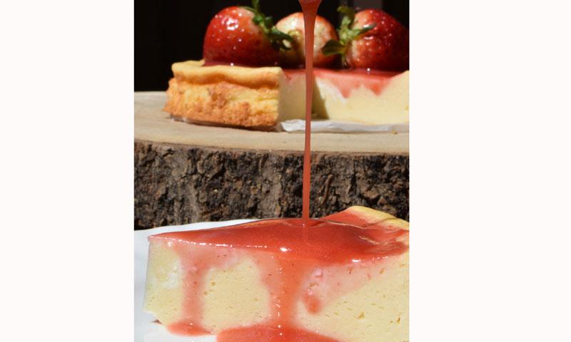 Bizcocho de requesón con fresas