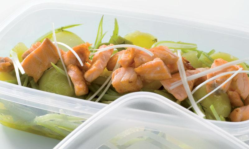 Ensalada de judías verdes y salmón fresco