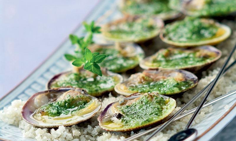 Berberechos con salsa verde