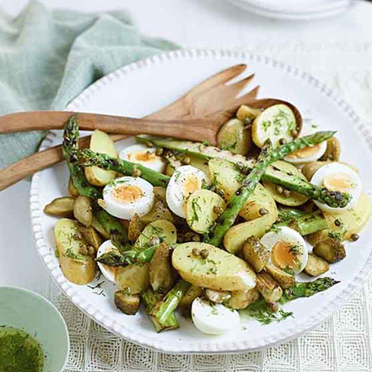Ensalada de trigueros, huevo y patata