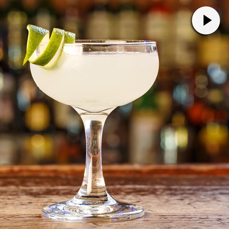 Clase de coctelería: ¿Te animas a preparar el daiquiri más 'hot' del verano?