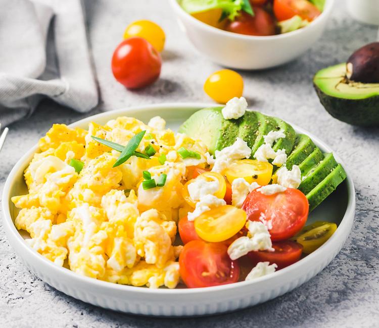 huevos-aguacate